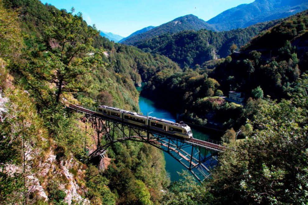 Il treno del foliage, una delle tratte più panoramiche al mondo