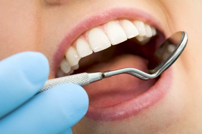 Mai più carie, scoperto farmaco che rigenera i denti